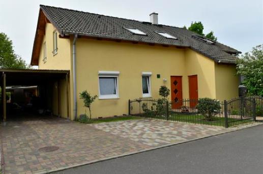 Nuthetal, Zweifamilienhaus