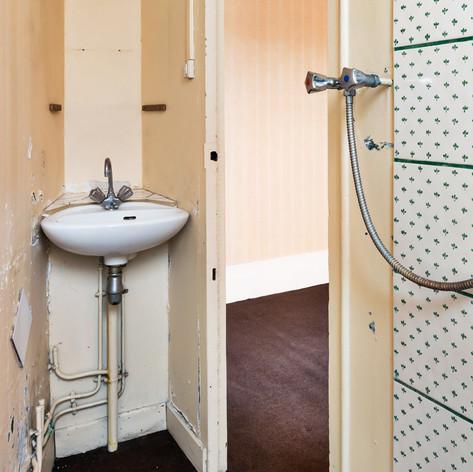 Espace salle d'eau AVANT