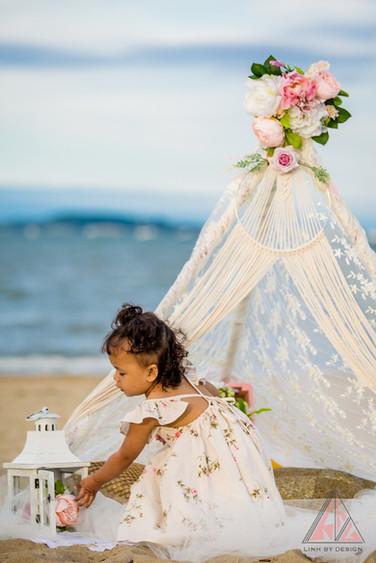 Hãy ca ngợi những khoảnh khắc của tuổi thơ, khi sự hồn nhiên và bay bổng là quý giá nhất