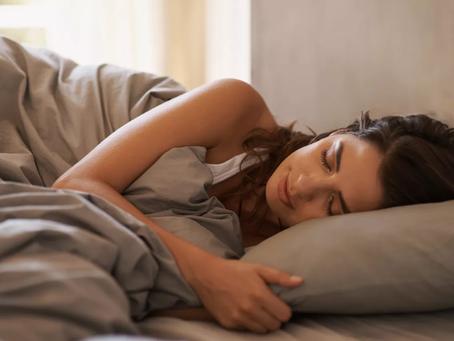 Insomnie : comment l'hypnose peut aider à mieux dormir