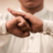 seance-entrainement-maitre-dans-parc-arts-martiaux-chinois_55877-945_edited_edited_edited.jpg