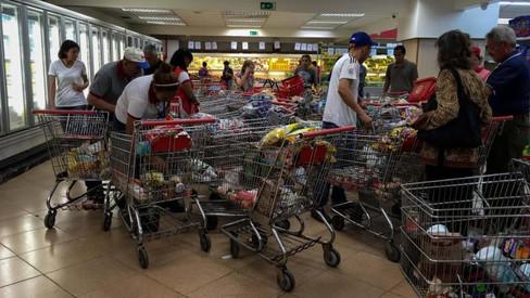 La situación en Venezuela luego de la reciente reducción obligatoria de precios sobre productos bási