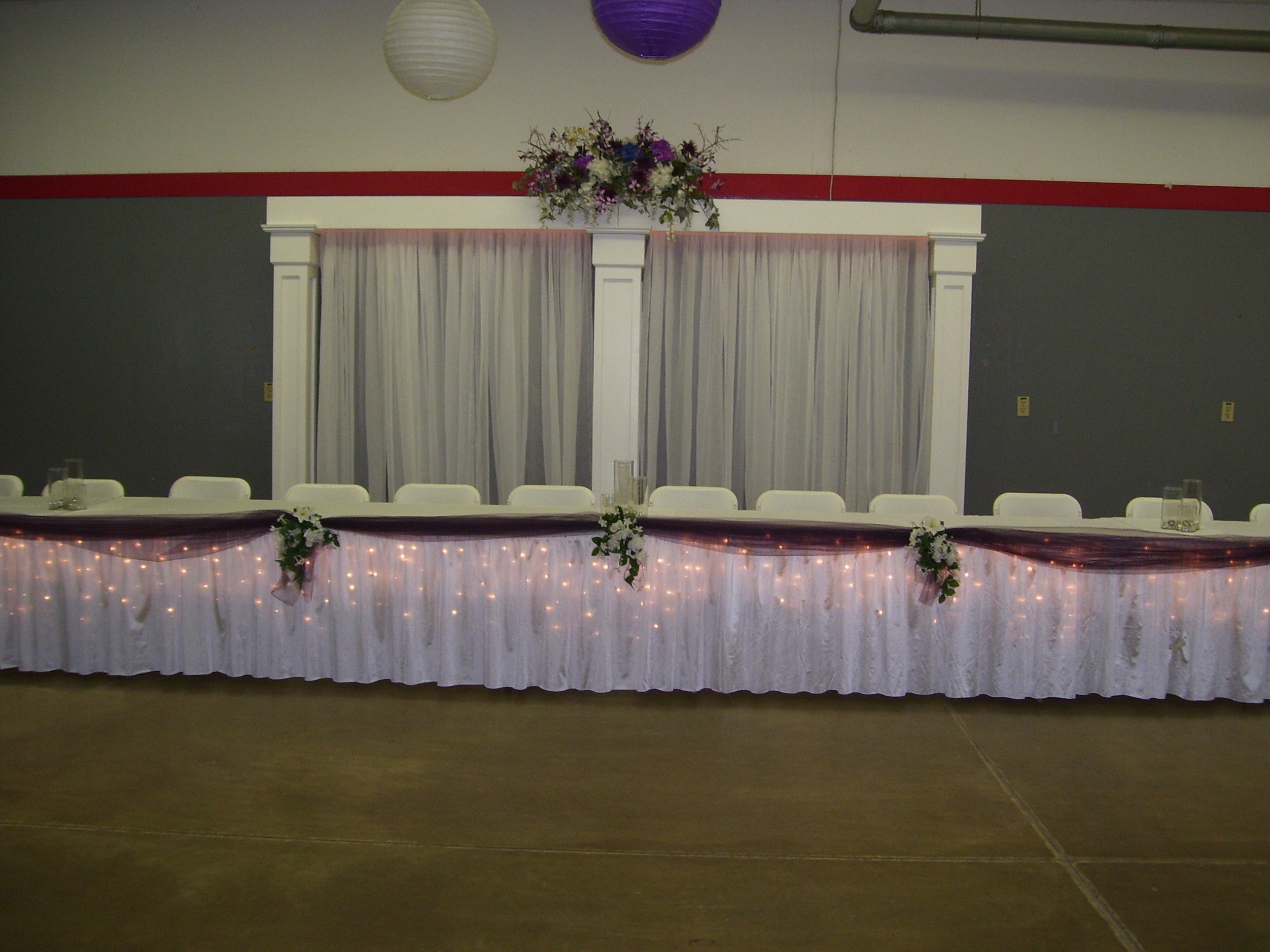 Bridal Table Backdrop and decor