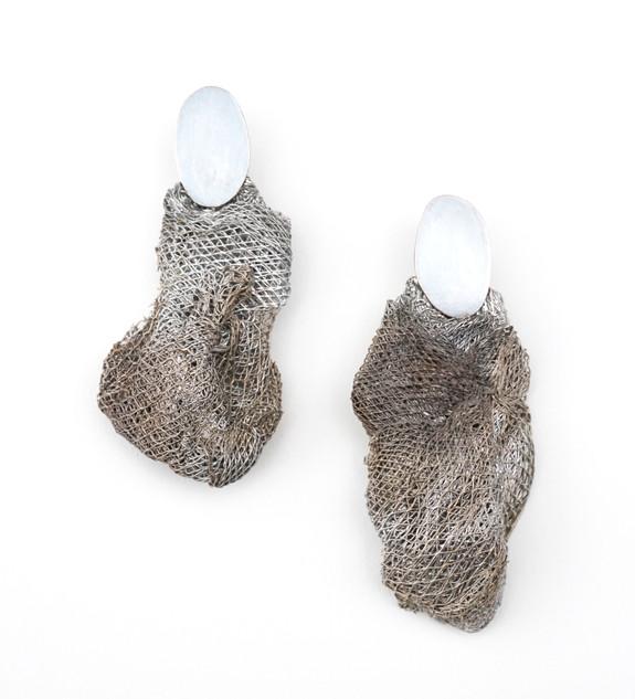mesh earring.jpg