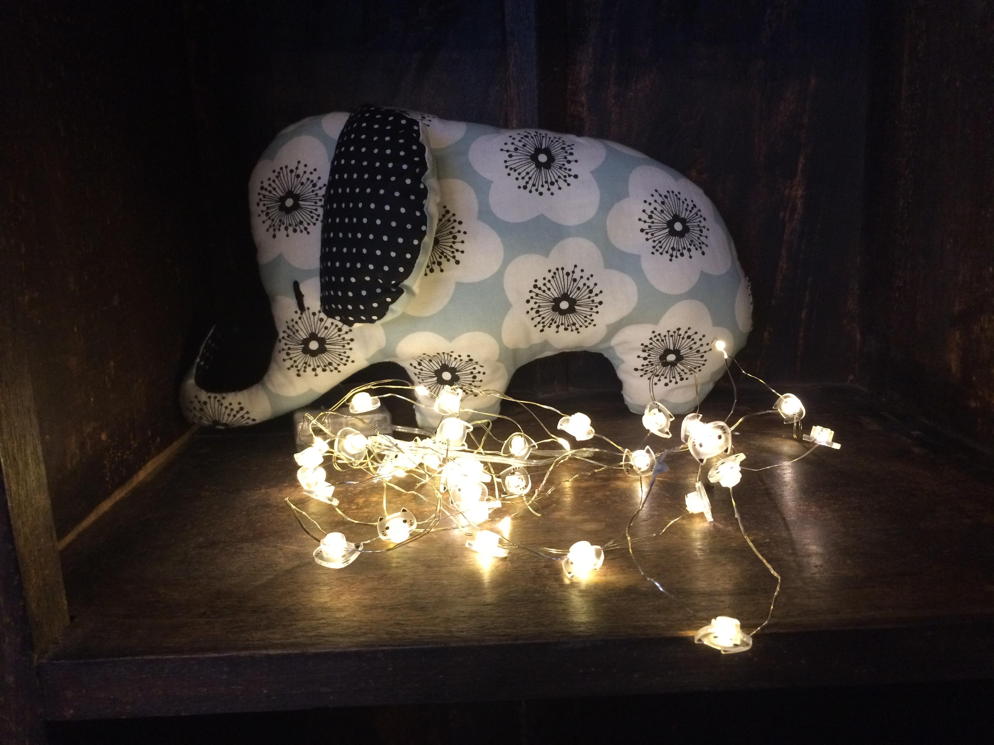 Le doudou éléphant créé par Léonie