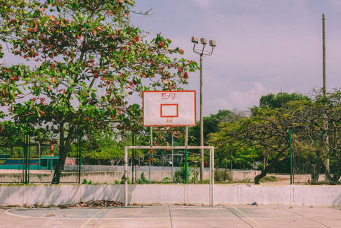 Double Court, Colombia