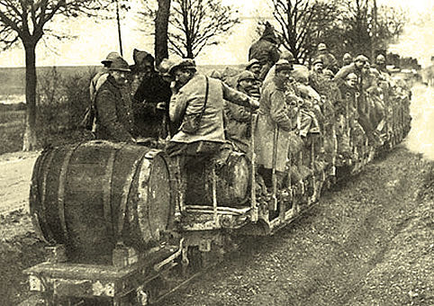 french-soldiers-wine.jpg