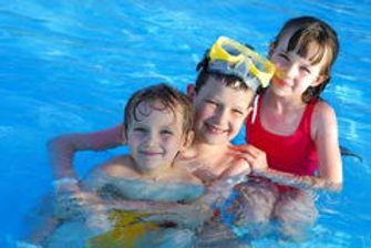 children-swimming-pool-2674302.jpg