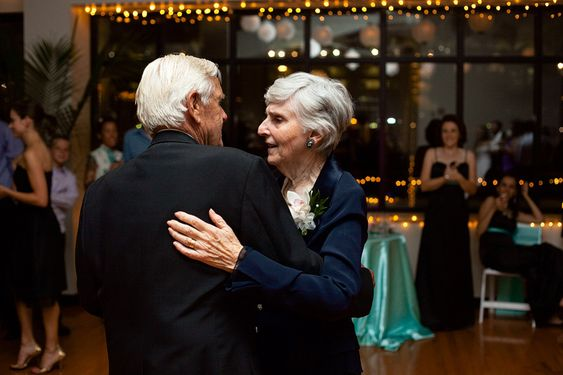 Elderly couple dancing at wedding
