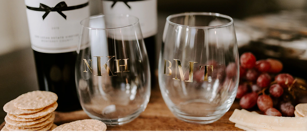 B&D Custom Crafts monogram glasses