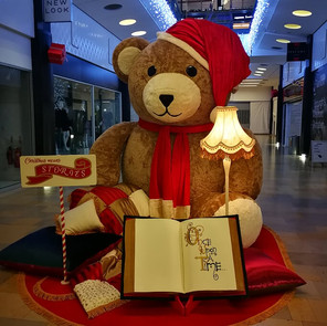 Teddybear Storytime, made by Emily Martinelli and Emma Brierley for Ocean Terminal Christmas Display 2018