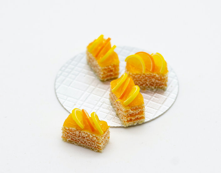 orange and lemon cakes