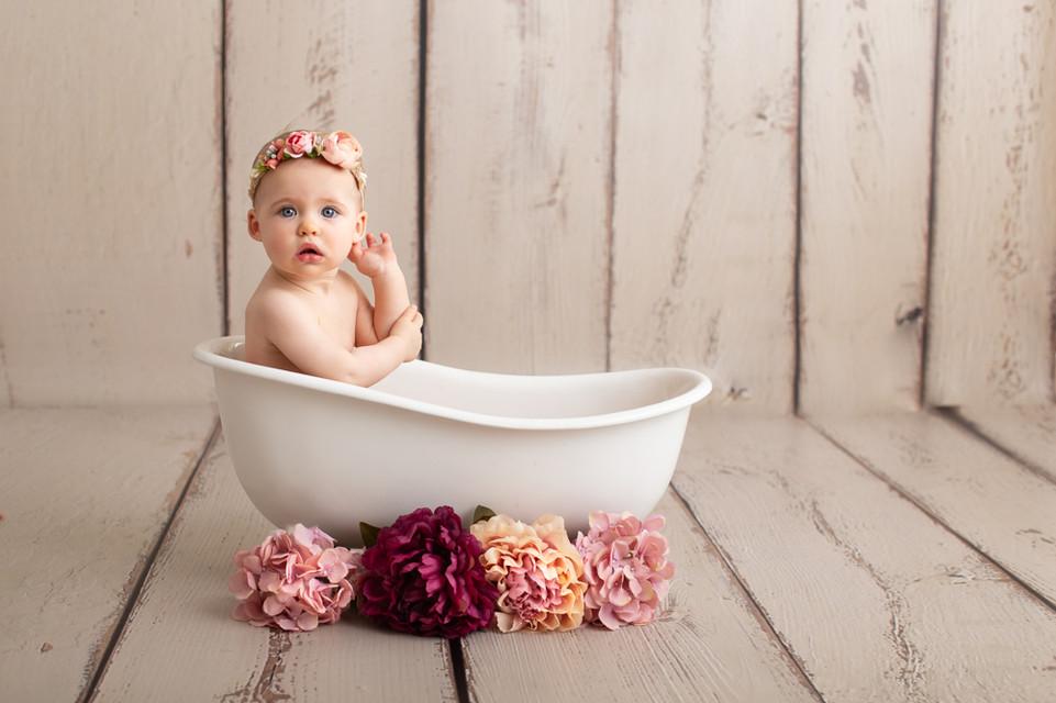 Séance photo naissance, bébé à  Beaune-Dijon