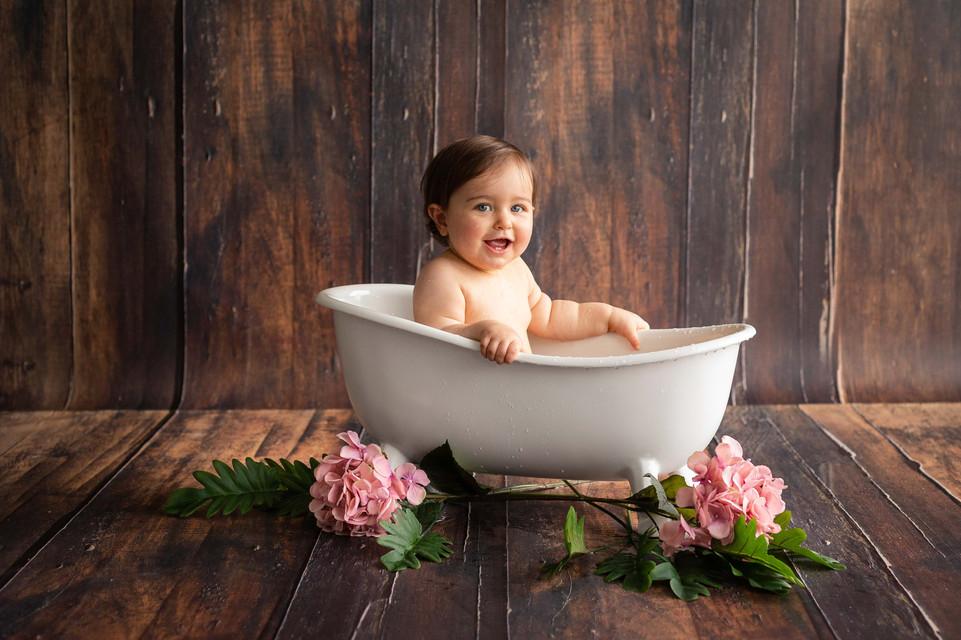 Séance photo bain de bébé à Beaune- Dijon