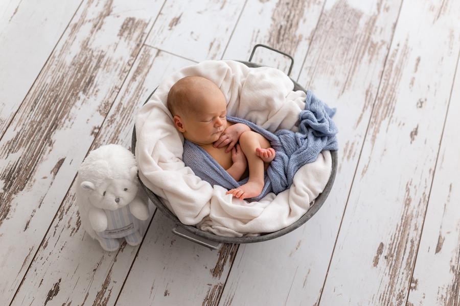 Photographe spécialisée nouveau-né & bébé - Beaune- Dijon- Chalon sur Saône