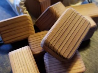木製のおもちゃ①~ぬくもりの積み木~