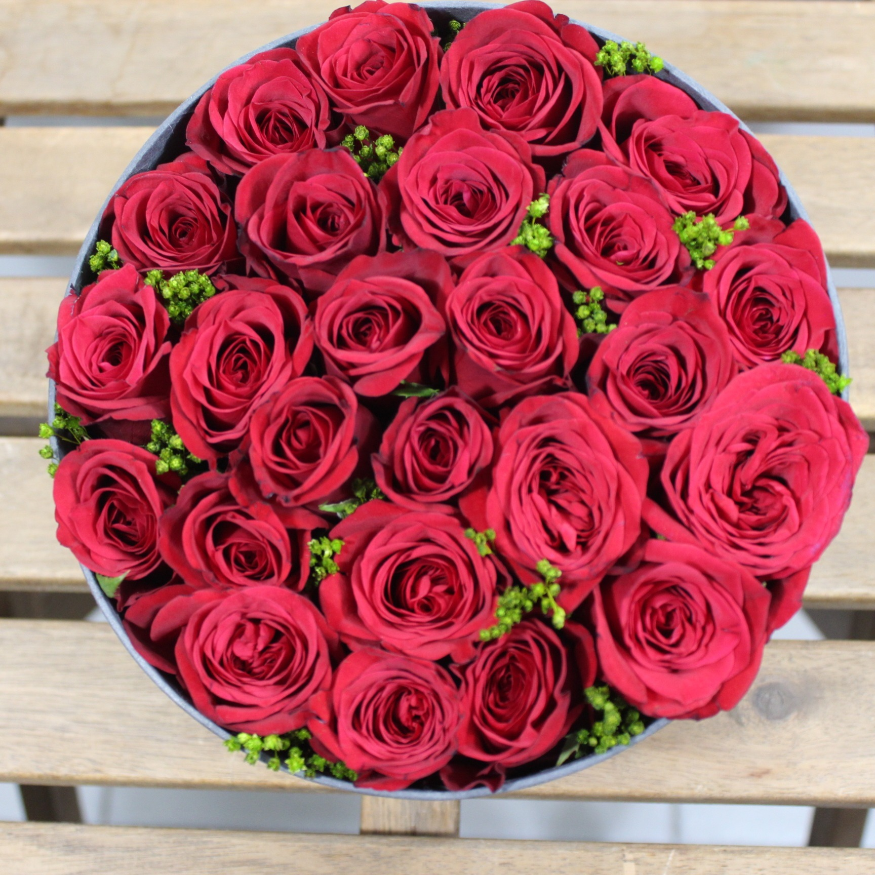 Simply Red..Roses!
