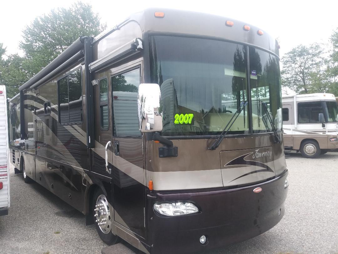 2007 Winnebago Journey 39K $75,000