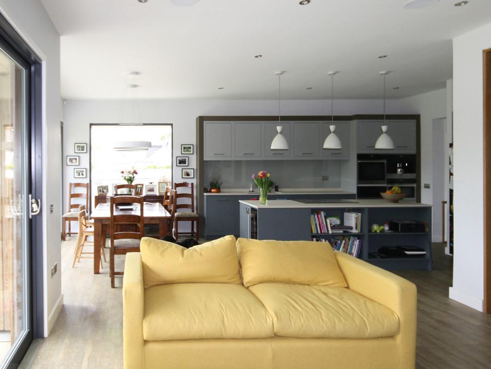 152-interior2-s.jpg