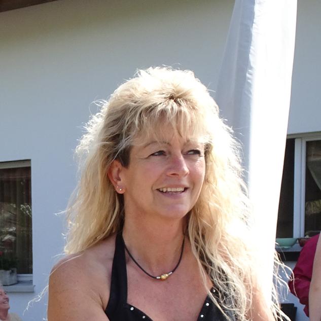 Katharina Hirter
