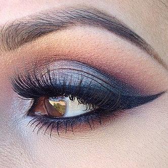 Eyeconic Makeup Lab