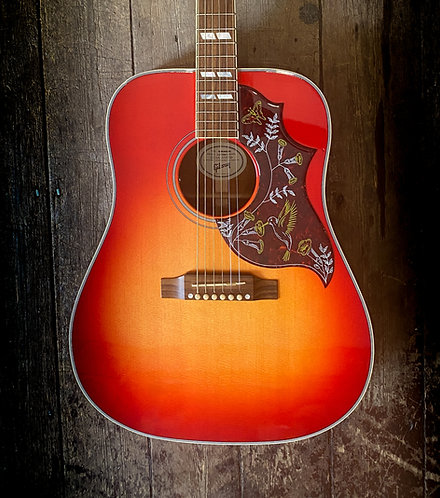 2018 Gibson Hummingbird in Cherry Sunburst