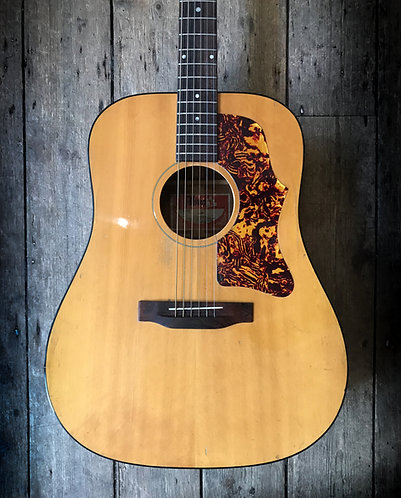 1974 Gibson J40 Acoustic in Natural finish