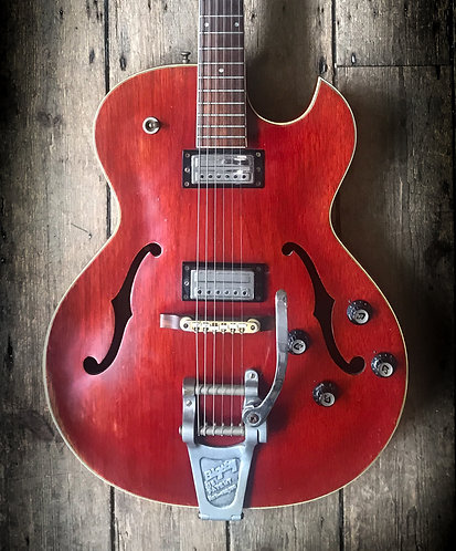 1963 Guild Starfire MkIIwith Bigsby in Cherry finish