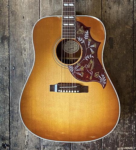 2013 Gibson Hummingbird in Pale Sunburst finish