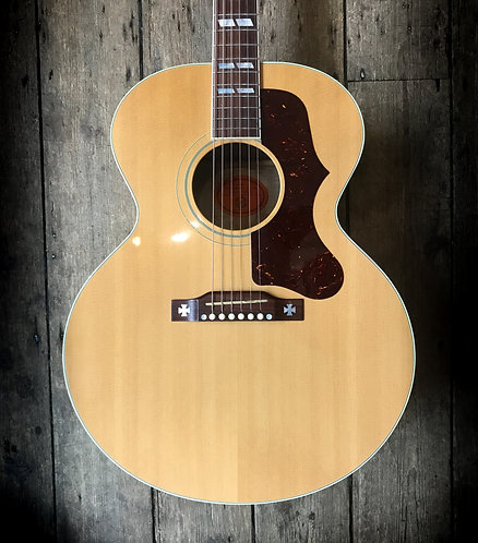 2001 Gibson J185 'Jumbo' Acoustic in Natural finish