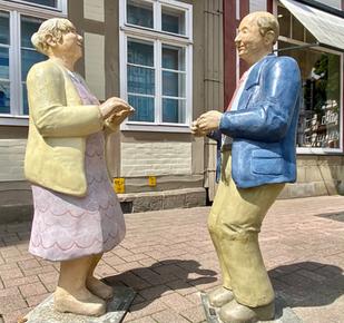 Betonfiguren Alltagsmenschen - Tanzpaar