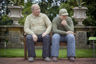 2 Opas auf der Bank in Lichtenwalde
