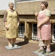 betonfiguren-alltagsmenschen-christel-lechner (93).webp