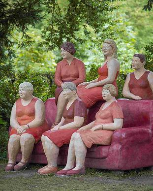 rotes-sofa2-alltagsmenschen-lechner.jpg