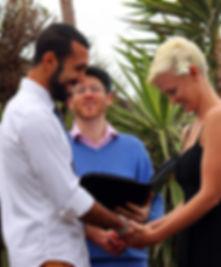 Simon Lipschitz conducting an informal wedding