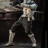 Hot-Toy-Assault-Tank-Commander-007.jpg