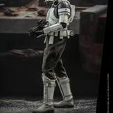 Hot-Toy-Assault-Tank-Commander-005.jpg
