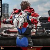 Hot-Toys-Suit-Up-Tony-Stark-DX-013.jpg