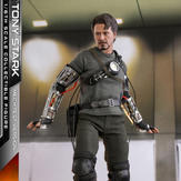 Hot-Toys-Tony-Stark-Mech-Test-DX-007.jpg
