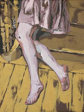 voeten boven gele vloer -- Maartje Elant