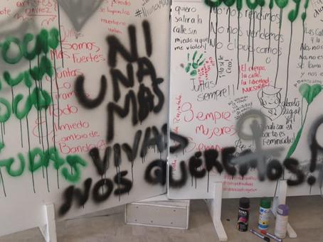 """""""Machete al Machote"""", exposición que visibiliza la violencia de género."""