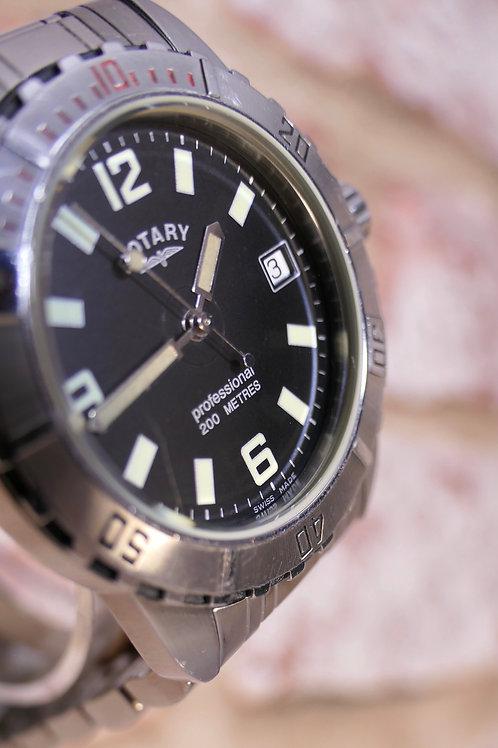 Vintage Rotary 200m Diver - ETA Quartz - Swiss Made - Original SS bracelet