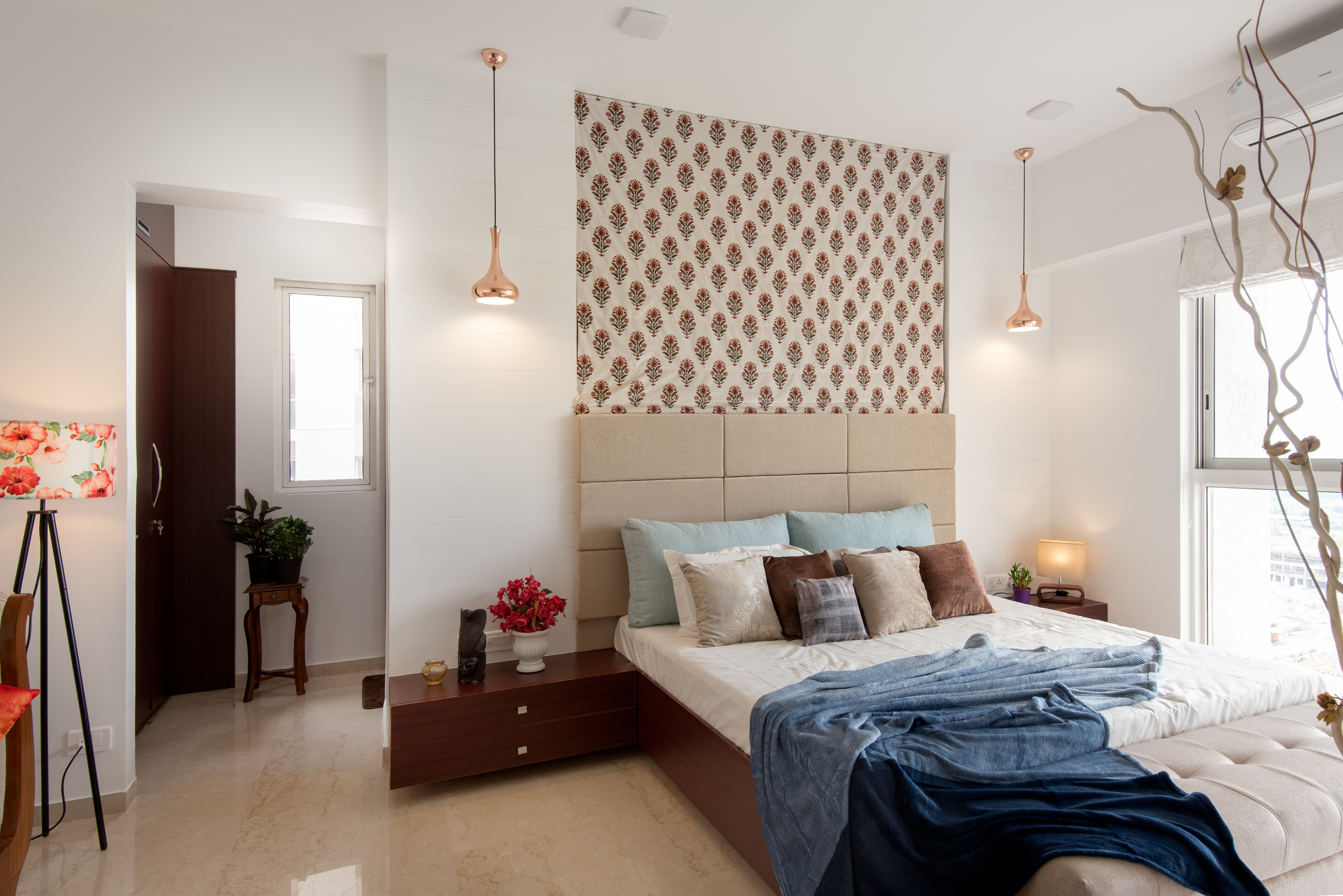 Masterbedroom_front-