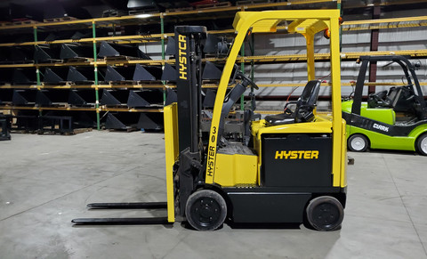 2014 HYSTER 30