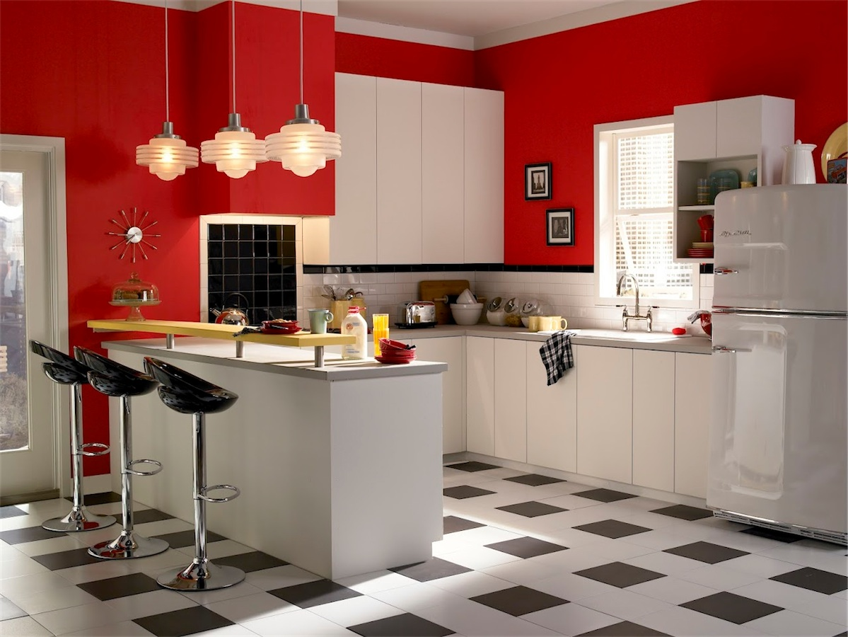beautiful-red-wall-paint-schemes-retro-kitchen-ideas-displaying-u-shaped-white-lacquer-wooden-kitche