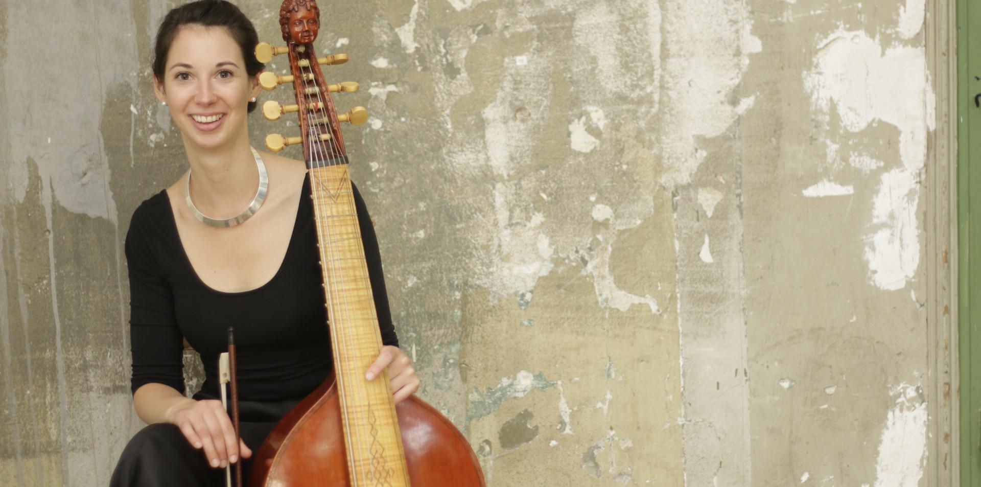 Anna Zimre, Viola da Gamba