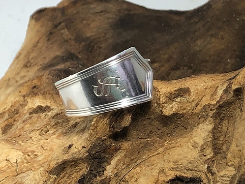 """Sterling silver monogrammed ring with the letter """"S"""""""