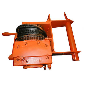 29-17 Приспособление дляснятия и установки цилиндров передней подвески а/м БелАЗ г/п 120...130 тн