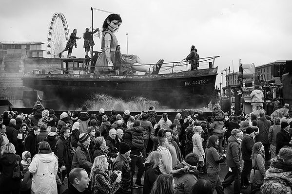 Royal de Luxe Giant Spectacular Liverpool Albert Dock. Photo by Wesley Storey