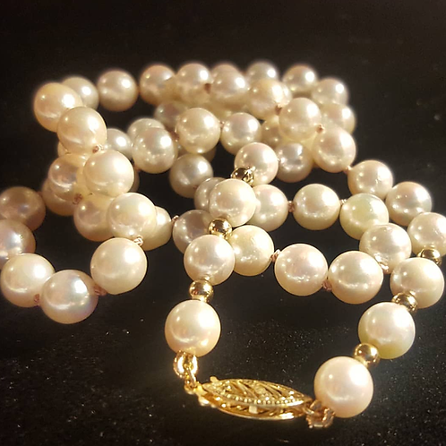 Freshwater Pearl Necklace 10mm